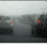 About Windshield Wiper Blades and Auto Glass Scratches
